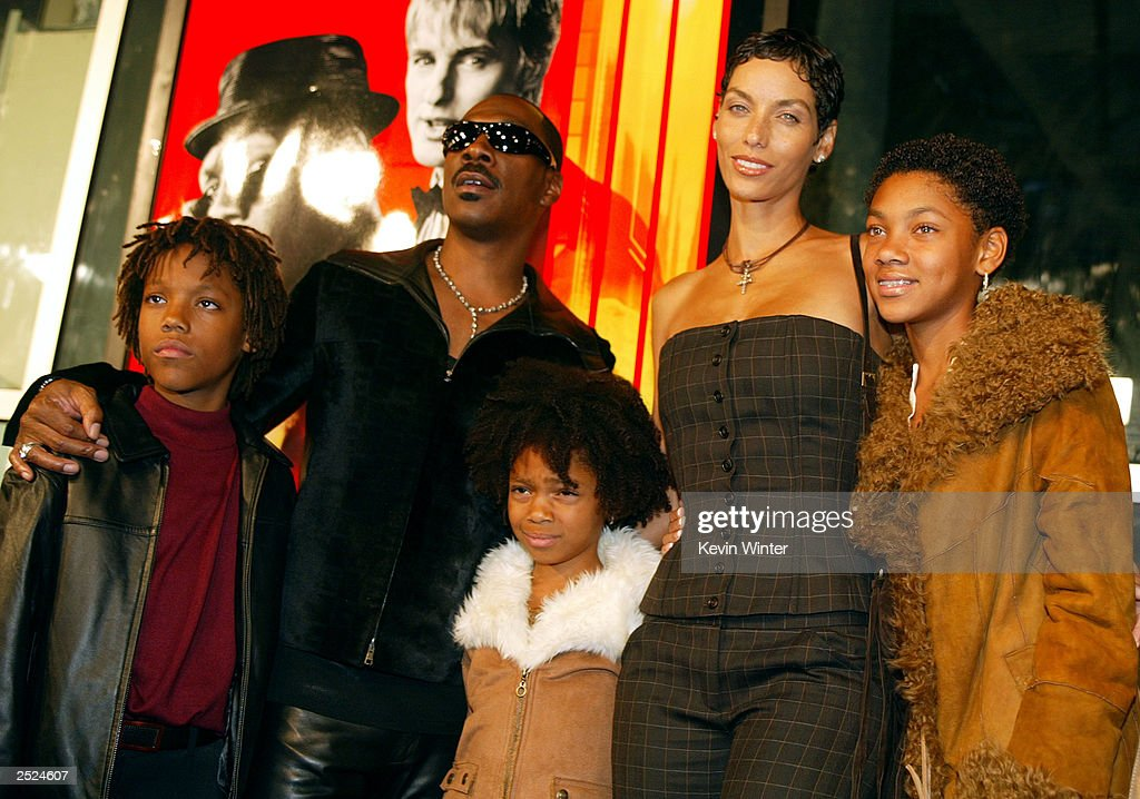 Eddie Murphy, wife Nicole, son Miles, Shane and daughter Brea : News Photo