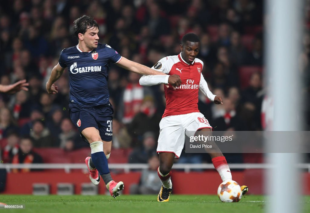 Eddie Nketiah of Arsenal takes on Filip Stocjkovic of Red Star during the UEFA Europa League group H match between Arsenal FC and Crvena Zvezda at Emirates Stadium on November 2, 2017 in London, United Kingdom.