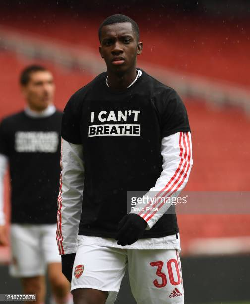 Eddie Nketiah of Arsenal warms up before the friendly match between Arsenal and Brentford at Emirates Stadium on June 10 2020 in London England