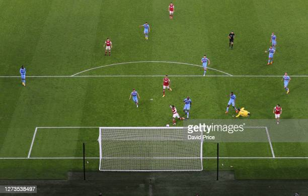 Eddie Nketiah scores Arsenal's 2nd goal during the Premier League match between Arsenal and West Ham United at Emirates Stadium on September 19, 2020...