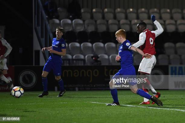 Eddie Nketiah scores Arsenal's 4th goal his 3rd during the Premier League 2 match between Arsenal and Everton at Meadow Park on February 5 2018 in...