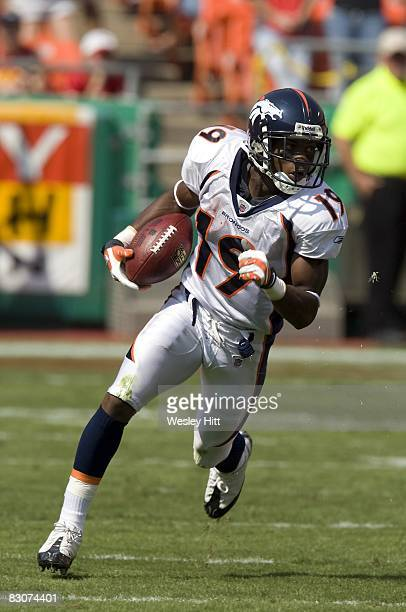 Eddie Royal of the Denver Broncos runs with the ball after making a catch against the Kansas City Chiefs at Arrowhead Stadium on September 28 2008 in...