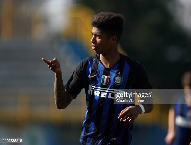 Eddie Salcedo of FC Internazionale celebrates after scoring the first goal during the Serie A Primavera match between FC Internazionale U19 and AS...