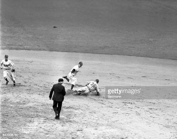 Eddie Waitkus and Chicago Cubs action.