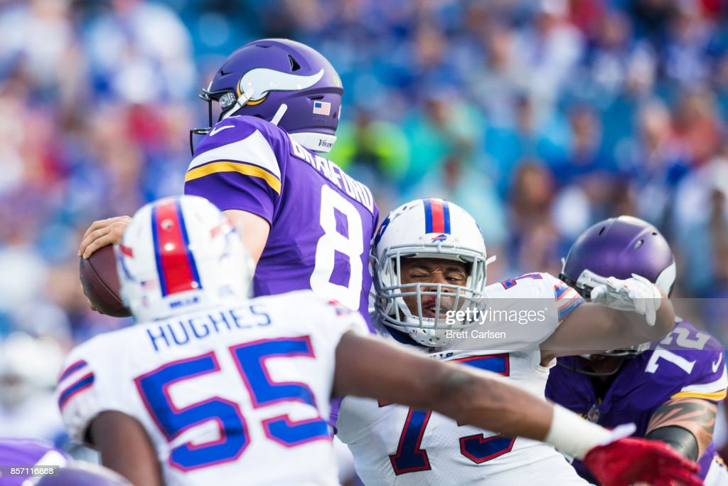low priced ceb13 18427 Eddie Yarbrough of the Buffalo Bills tackles Sam Bradford of ...