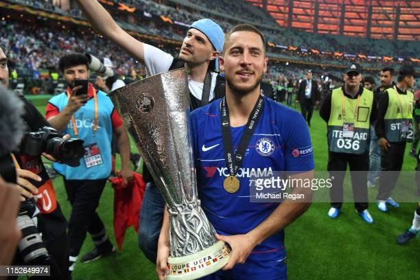 Eden hazard celebrates with the trophy during the UEFA Europa League Final between Chelsea and Arsenal at Baku Olimpiya Stadionu on May 29, 2019 in...