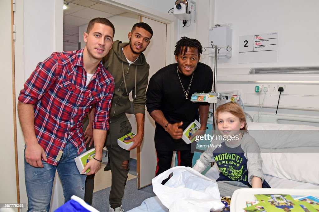 Eden Hazard, Michy Batshuayi and Jake Clarke-Salter of Chelsea at the Chelsea and Westminster Christmas Hospital visit on December 7, 2017 in London, England.
