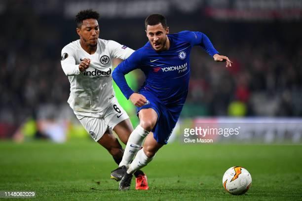 Eden Hazard of Chelsea battles for possession with Jonathan De Guzman of Eintracht Frankfurt during the UEFA Europa League Semi Final Second Leg...