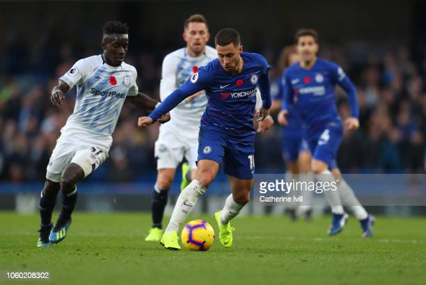 Eden Hazard of Chelsea beats Idrissa Gueye of Everton during the Premier League match between Chelsea FC and Everton FC at Stamford Bridge on...