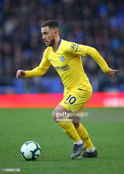Eden Hazard of Chelsea FC runs with the ball during the Premier League match between Everton FC and Chelsea FC at Goodison Park on March 17 2019 in...