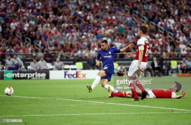 Eden Hazard of Chelsea scores his team's fourth goal during the UEFA Europa League Final between Chelsea and Arsenal at Baku Olimpiya Stadionu on May...