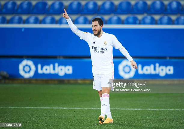 Eden Hazard of Real Madrid celebrates after scoring his team's third goal during the La Liga Santander match between Deportivo Alavés and Real Madrid...