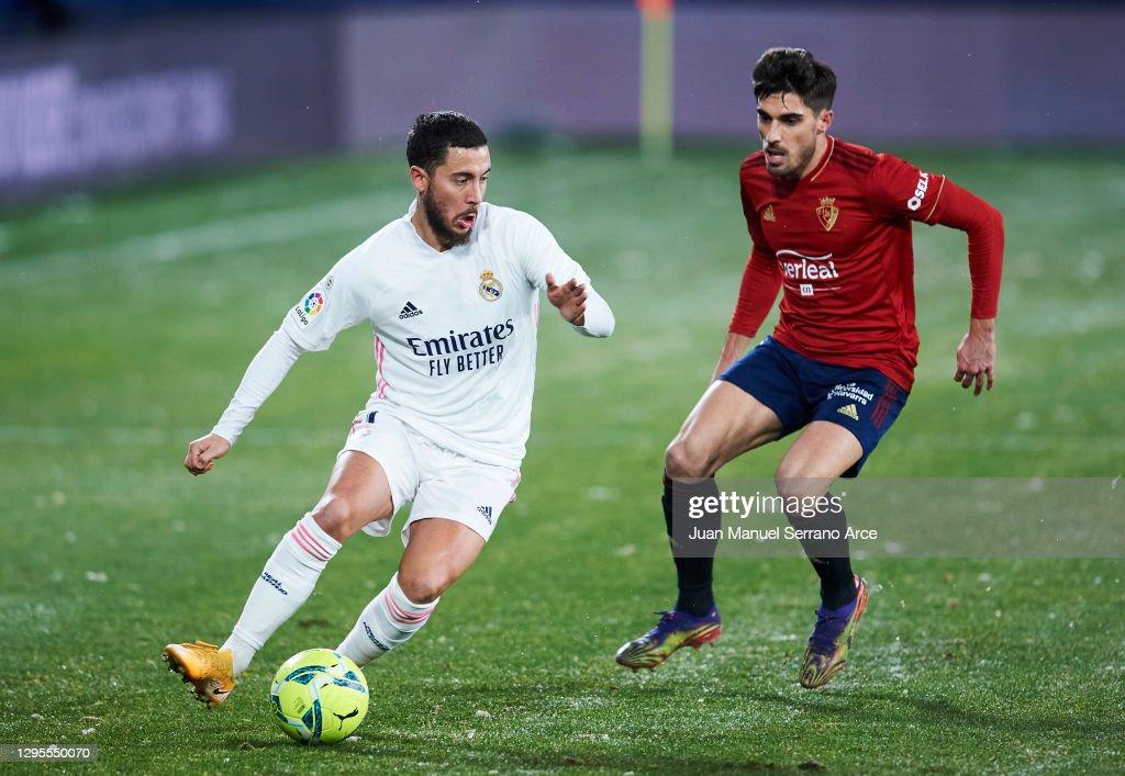 C.A. Osasuna v Real Madrid - La Liga Santander : ニュース写真