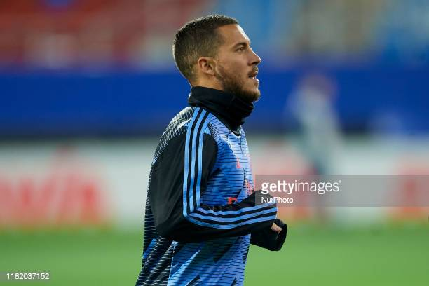 Eden Hazard of Real Madrid during the warmup before the Liga match between SD Eibar SAD and Real Madrid CF at Ipurua Municipal Stadium on November 9...