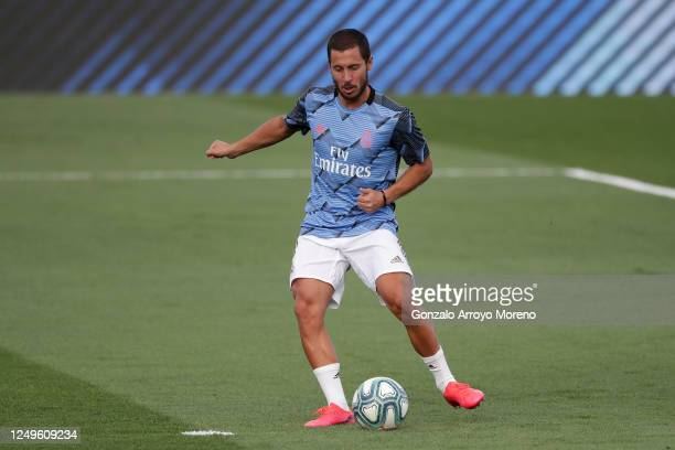 Eden Hazard of Real Madrid warms up ahead of the Liga match between Real Madrid CF and SD Eibar SAD at Estadio Alfredo Di Stefano on June 14, 2020 in...
