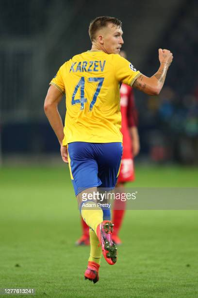 Eden Karzev of Maccabi Tel-Aviv celebrates after scoring his sides first goal during the UEFA Champions League Play-Off second leg match between RB...