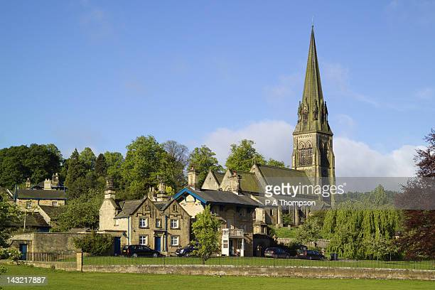 edensor, derbyshire, england - chatsworth derbyshire stock pictures, royalty-free photos & images