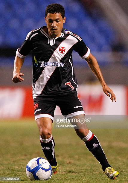 Eder Luis of Vasco in action during a match against Botafogo as part of the Brazilian Championship Serie A at Engenhao Stadium on September 22 2010...