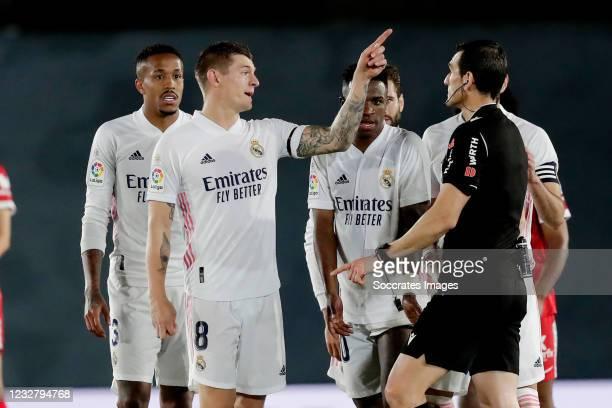Eder Militao of Real Madrid, Toni Kroos of Real Madrid, Vinicius Junior of Real Madrid, Nacho of Real Madrid arguing with Referee Juan Martinez...
