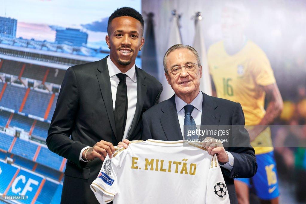 Real Madrid Unveil New Signing Eder Militao : ニュース写真