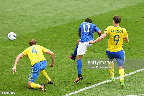 Eder of Italy scores his sides first goal during the UEFA EURO 2016 Group E match between Italy and Sweden at Stadium Municipal on June 17 2016 in...
