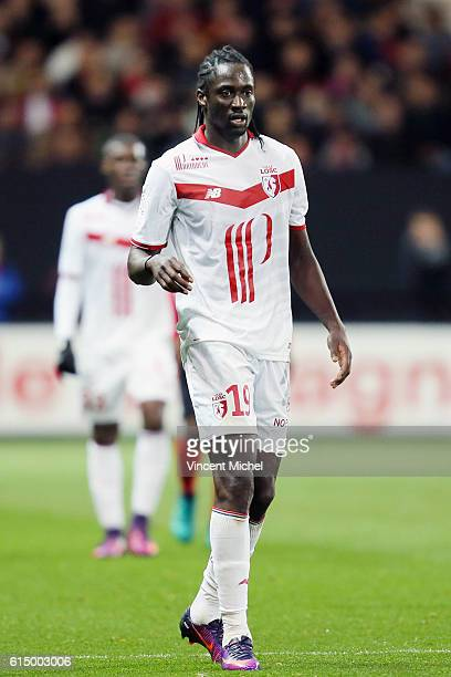 Eder of Lille during the Ligue 1 match between EA Guingamp and Lille OCS at Stade du Roudourou on October 15, 2016 in Guingamp, France.