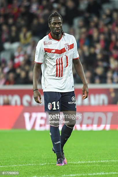 Eder of Lille during the Ligue 1 match between Lille and Bastia at Stade PierreMauroy on October 22 2016 in Lille France