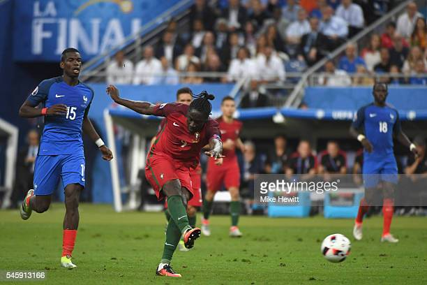 Eder of Portugal scores the opening goal during the UEFA EURO 2016 Final match between Portugal and France at Stade de France on July 10, 2016 in...