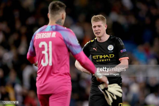 Ederson of Manchester City Kevin de Bruyne of Manchester City during the UEFA Champions League match between Real Madrid v Manchester City at the...