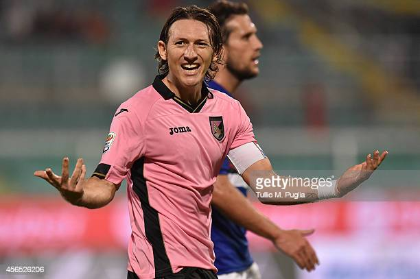 Edgar Barreto of Palermo shouts during the Serie A match between US Citta di Palermo and UC Sampdoria at Stadio Renzo Barbera on August 31 2014 in...