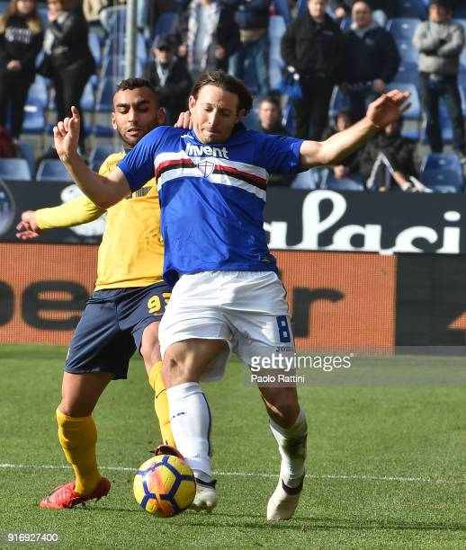 Edgar Barreto of Sampdoria withheld by Mohamed Fares of Verona Hellas during the serie A match between UC Sampdoria and Hellas Verona FC at Stadio...