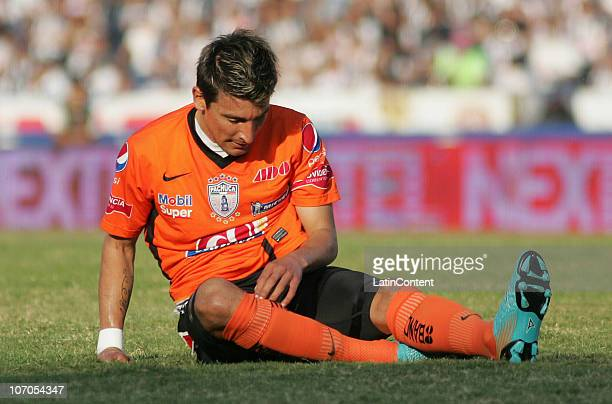 Edgar Benitez of Pachuca reacts during a quarter finals match against Monterrey as part of the Apertura 2010 at Tecnologico Stadium on November 21...