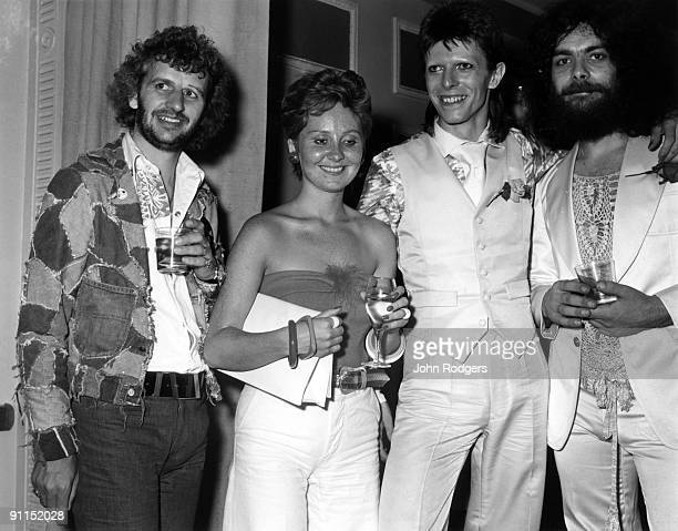 Edgar Broughton and LULU and Ringo STARR and David BOWIE LR Ringo Starr Lulu David Bowie and Edgar Broughton at the Ziggy Stardust retirement party...