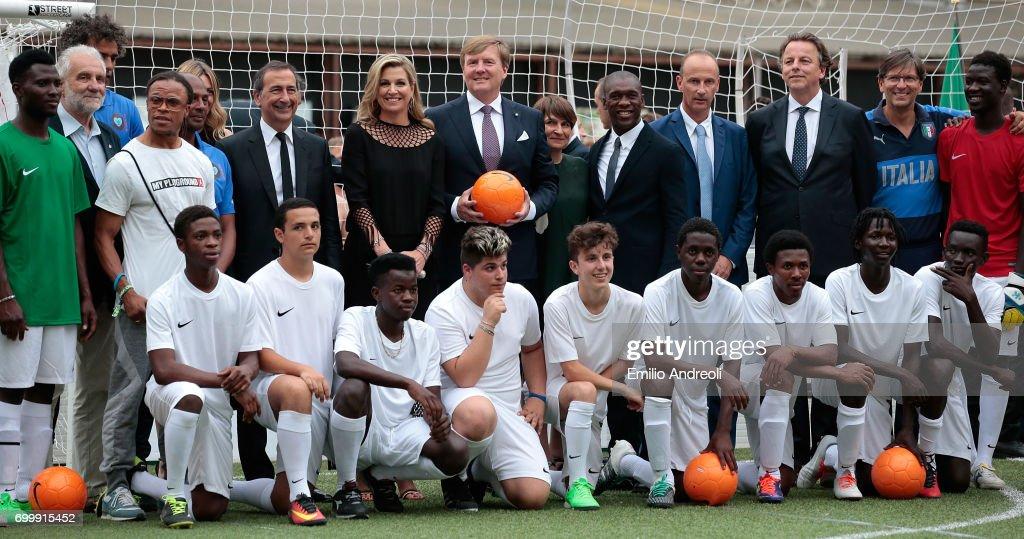 Italian Football Federation Welcomes Dutch Royals : Nieuwsfoto's