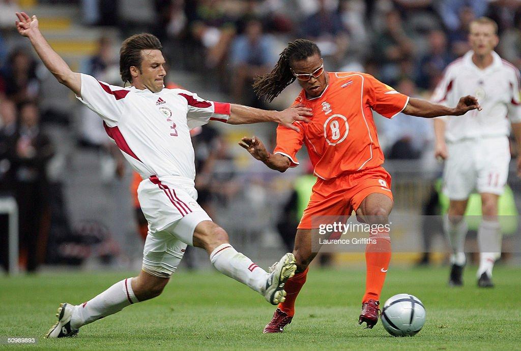 Euro 2004: Holland v Latvia : News Photo