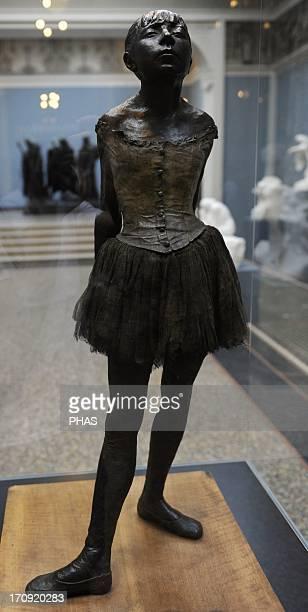 Edgar Degas French scultor Litlle Fourteen year old dancer 18791881 Ny Carlsberg Glyptotek Copenhagen Denmark