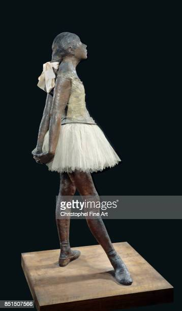 Edgar Degas Small Dancer Aged 14 1881 Bronze tulle pink satin ribbon wooden base 098 x 035 x 024 m Paris musee d'Orsay