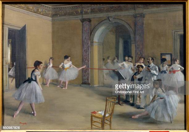 Edgar Degas The Dance Foyer at the Opera on the rue Le Peletier 1872 Oil on canvas 032 x 046 m Paris musee d Orsay