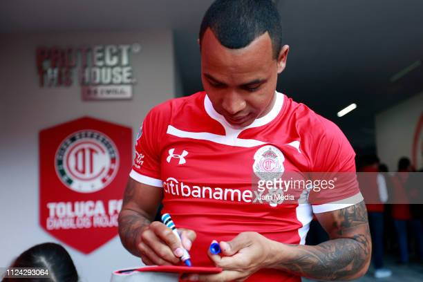 Edgar Pardo signs autographs as part of Toluca FC's new signings presentation on January 23 2019 in Toluca Mexico