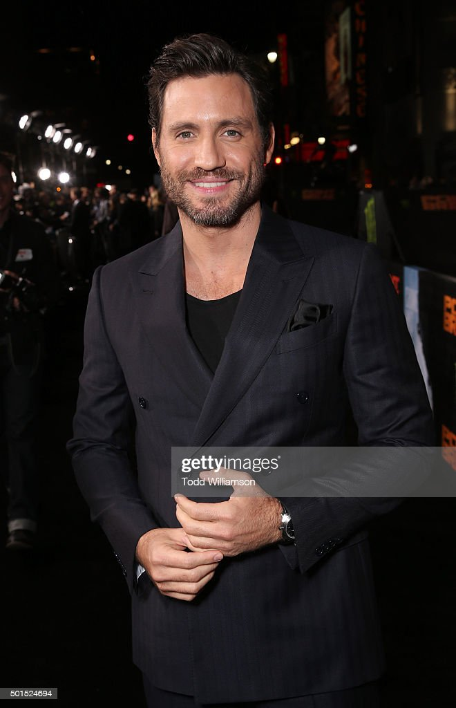 Edgar Ramirez attends the premiere of Warner Bros. Pictures and Alcon Entertainment's 'Point Break' at TCL Chinese Theatre on December 15, 2015 in Hollywood, California.