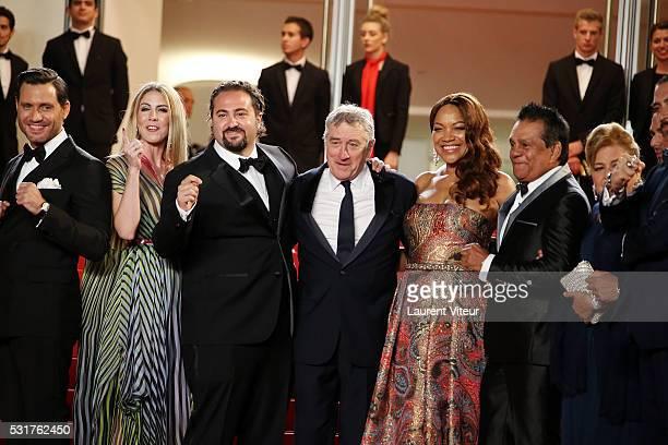 Edgar Ramirez director Jonathan Jakubowicz and his wife Claudine Jakubowicz Robert de Niro and his wife Grace Hightower boxer Roberto Duran and his...