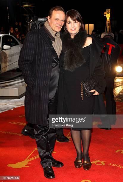Edgar Selge Mit Ehefrau Franziska Walser Bei Der 45 Verleihung Der Goldenen Kamera In Der Ullstein Halle In Berlin