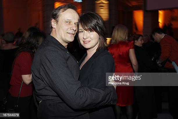 Edgar Selge Mit Ehefrau Franziska Walser Bei Der Ard Blue Hour Opening Party Bei Der 60 Berlinale In Berlin