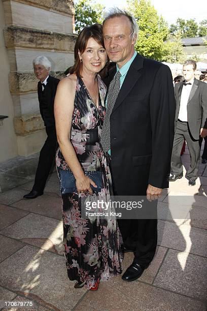 Edgar Selge Und Ehefrau Franziska Walser Bei Der Eröffnung Der 99 Bayreuther Festspiele In Bayreuth Mit Der Aufführung Von Lohengrin Am 250710