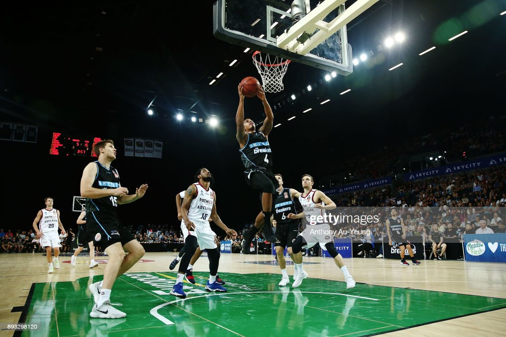 Edgar Sosa of the Breakers goes to the basket during the round 10 NBL match between the New Zealand Breakers and the Adelaide 36ers at Spark Arena on December 15, 2017 in Auckland, New Zealand.