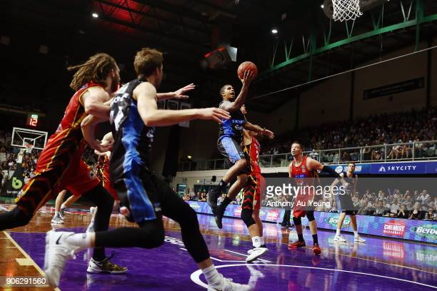 Edgar Sosa of the Breakers goes to the basket during the round 16 NBL match between the New Zealand Breakers and Melbourne United at North Shore...