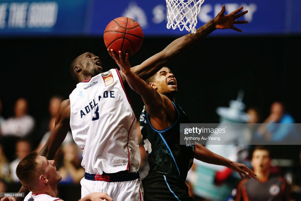 Edgar Sosa of the Breakers goes up against Majok Deng of the 36ers during the round five NBL match between the New Zealand Breakers and the Adelaide 36ers at North Shore Events Centre on November 2, 2017 in Auckland, New Zealand.