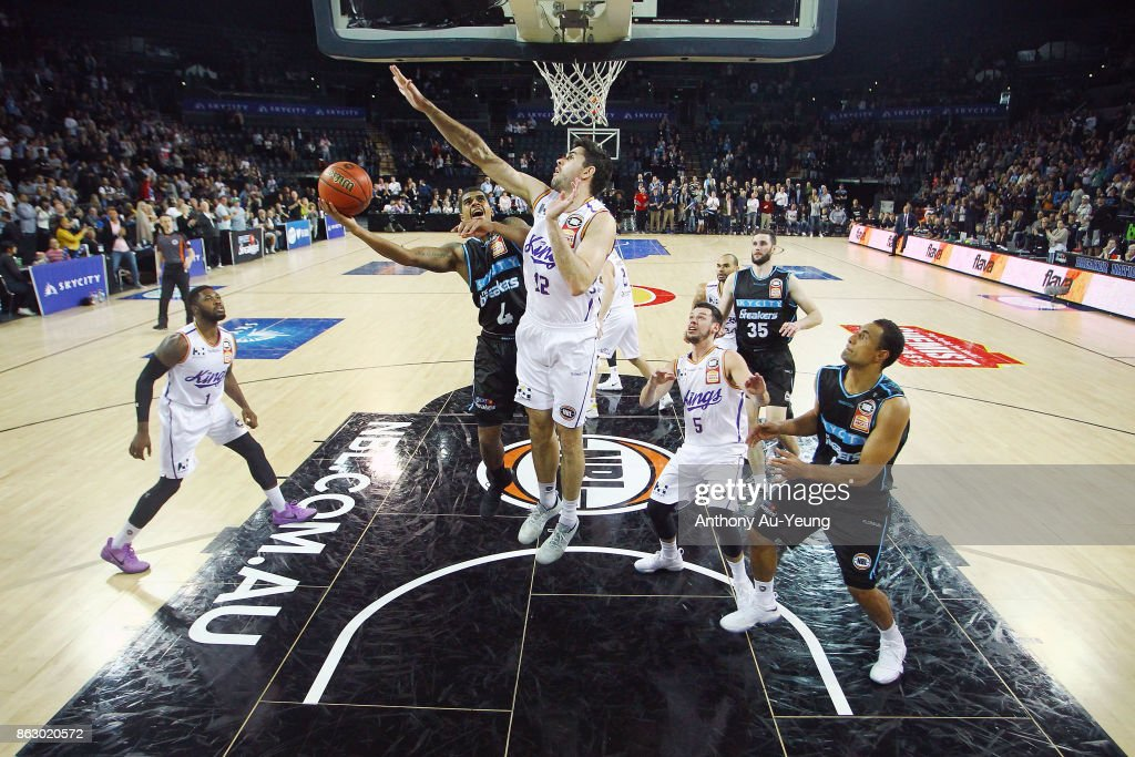 Edgar Sosa of the Breakers puts up a shot against Todd Blanchfield of the Kings during the round three NBL match between the New Zealand Breakers and the Sydney Kings at Spark Arena on October 19, 2017 in Auckland, New Zealand.