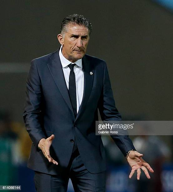 Edgardo Bauza coach of Argentina gives instructions to his players during a match between Argentina and Paraguay as part of FIFA 2018 World Cup...