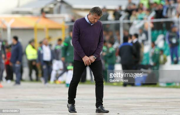 Edgardo Bauza coach of Argentina looks down during a match between Bolivia and Argentina as part of FIFA 2018 World Cup Qualifiers at Hernando Siles...